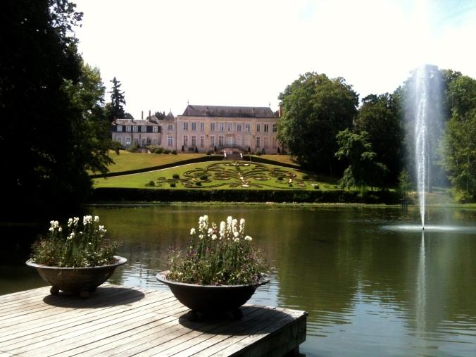 Château et miroir d'eau.jpg